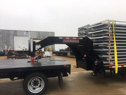 Gooseneck Surge on Flatbed Truck w Flatbed Trailer