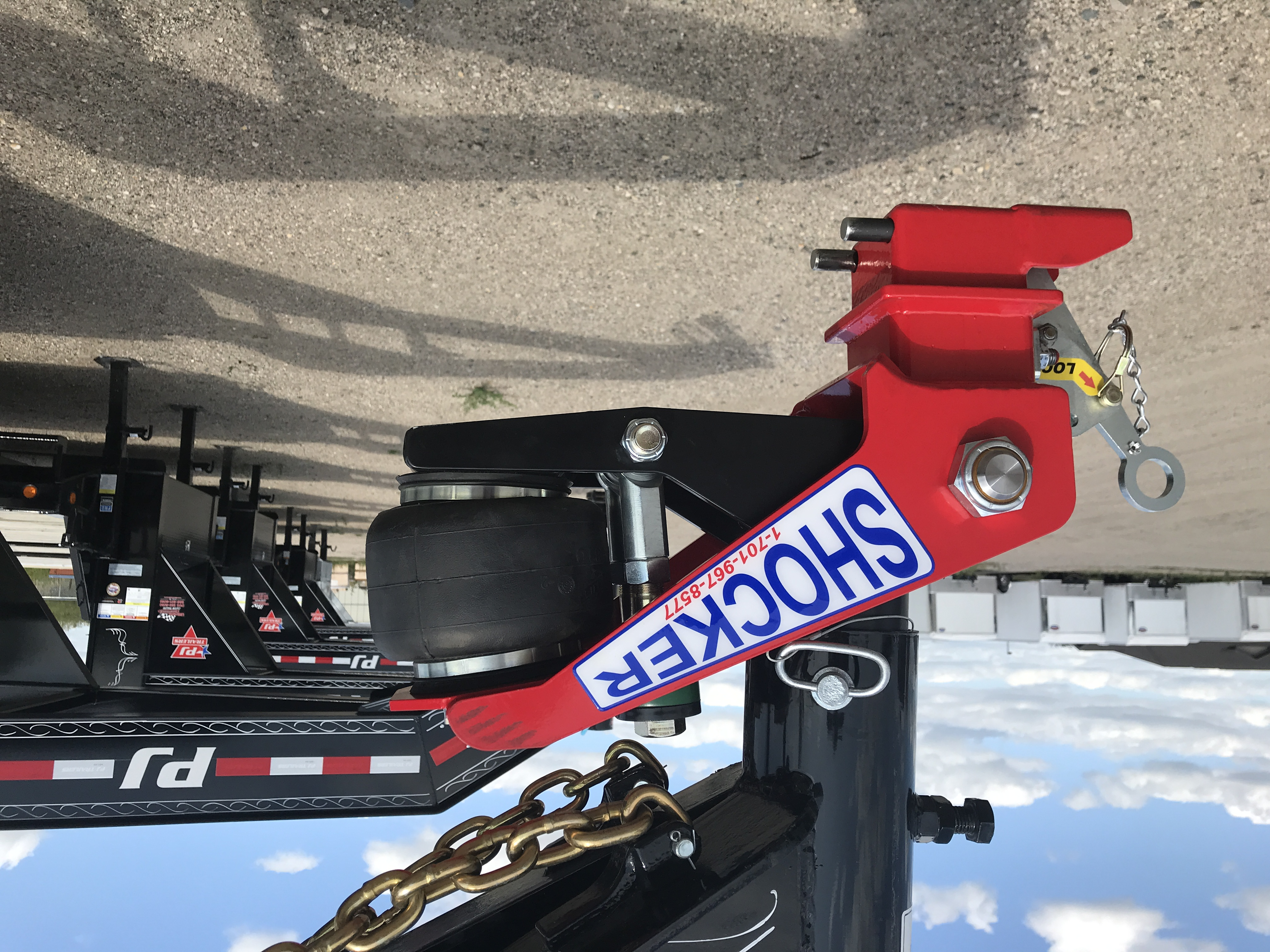 Shift Lock Gooseneck Coupler with Air Hitch