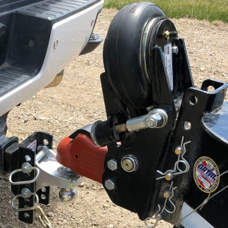 Shocker Air Trailer Tongue Coupler Installed